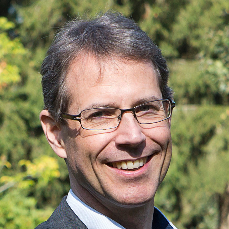 Prof. Dr. Lars Petersen